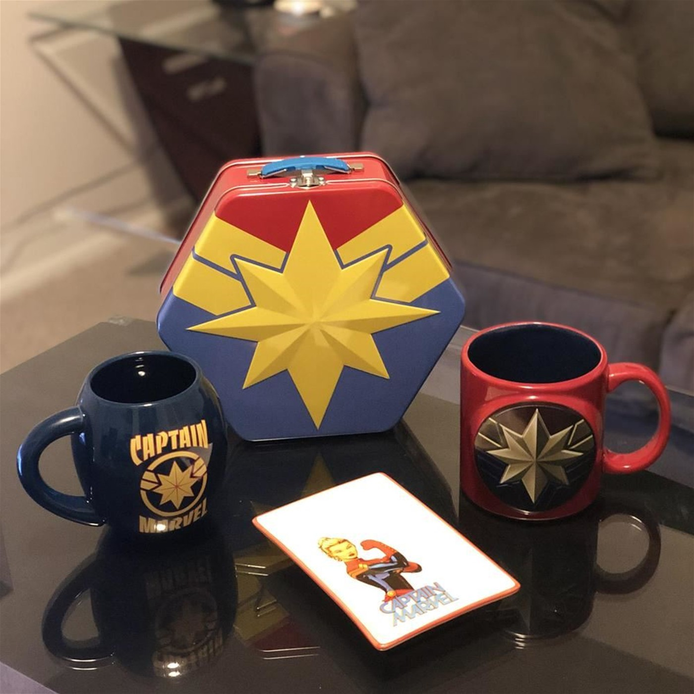 Captain Marvel Badge Shaped Tin Tote
