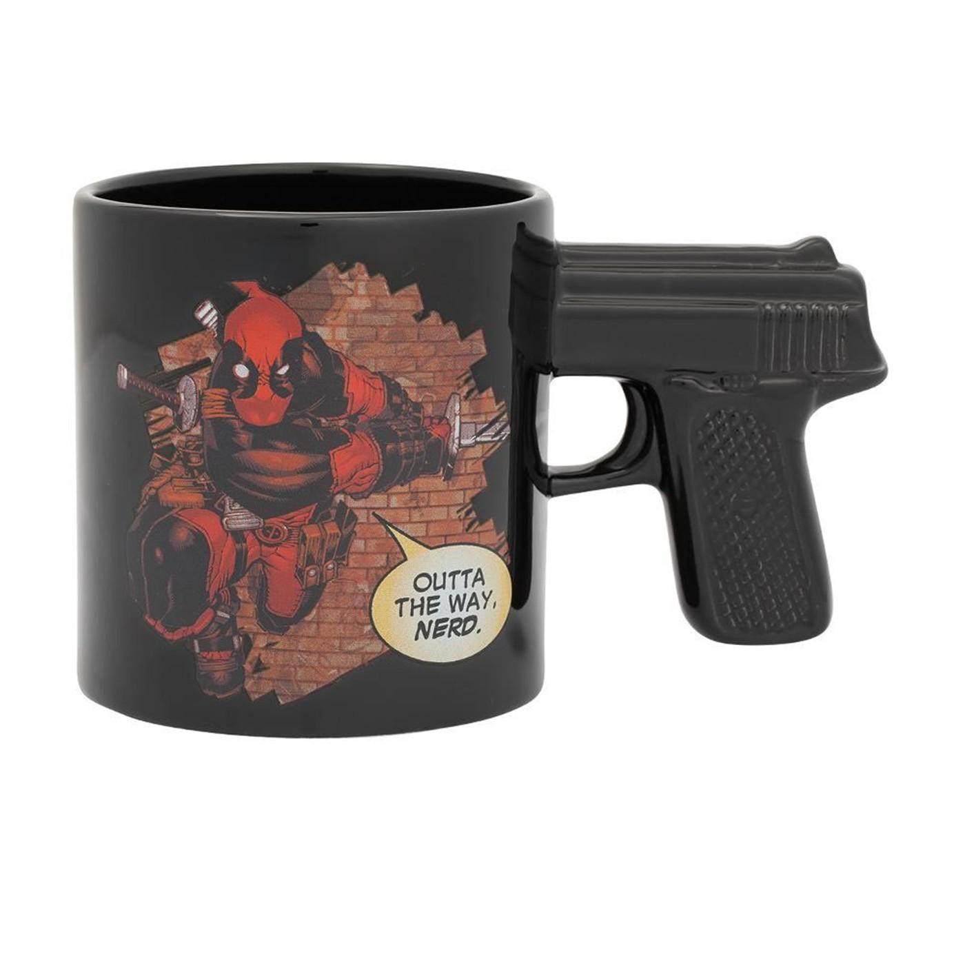 Marvel Deadpool 20 oz. Sculpted Ceramic Mug