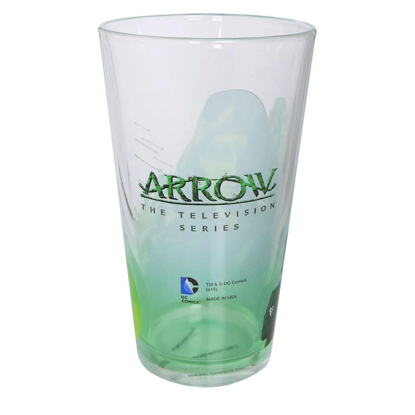 Arrow Close-Up Pint Glass