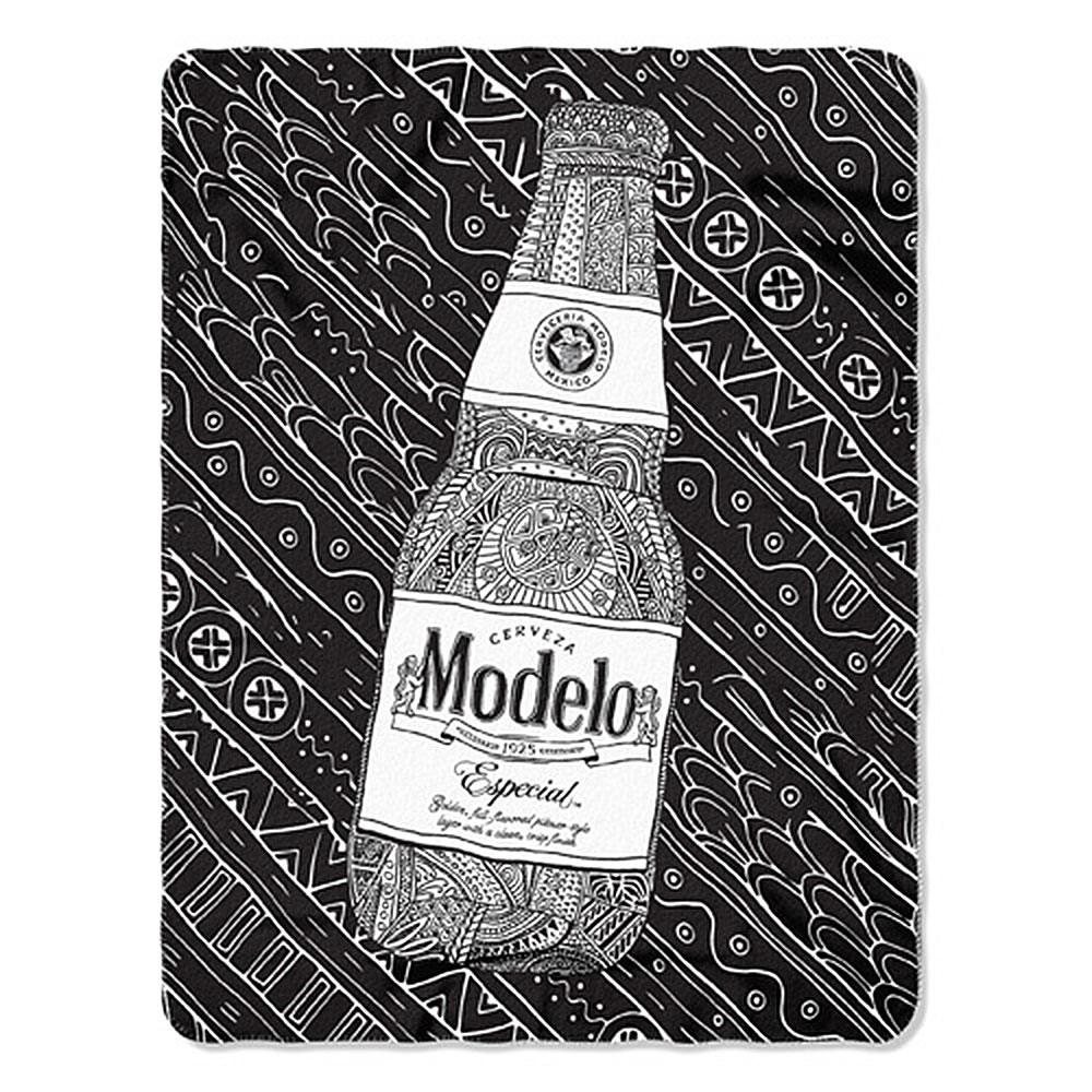 Modelo 45 X 60 Black And White Fleece Blanket