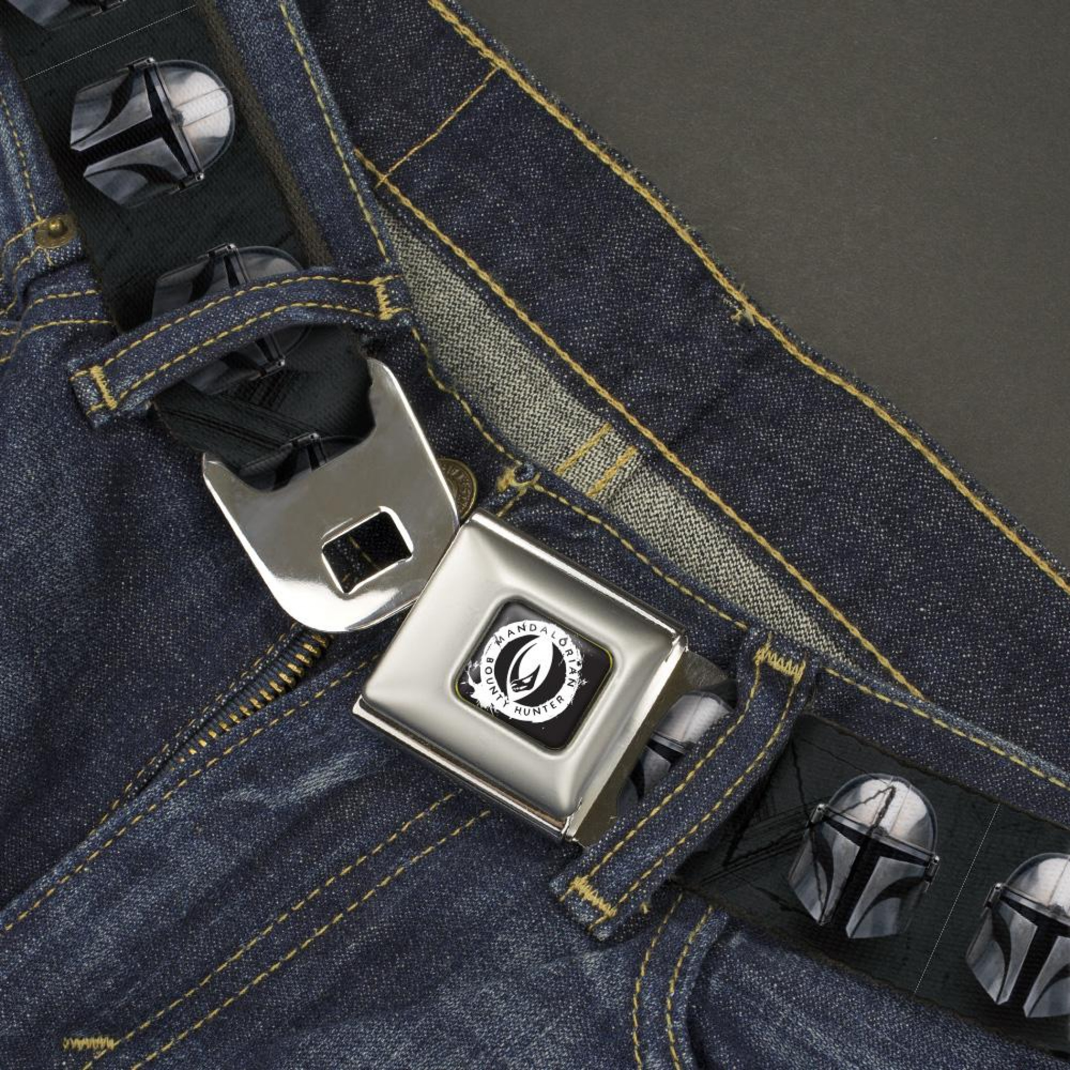 Star Wars The Mandalorain Bounty Hunter Icon Seatbelt Belt