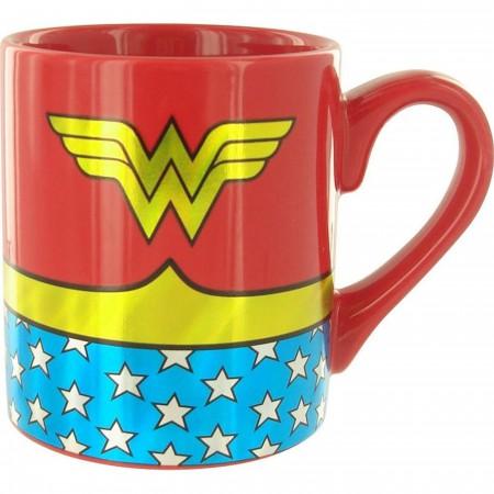Wonder Woman Uniform 14 Ounce Mug