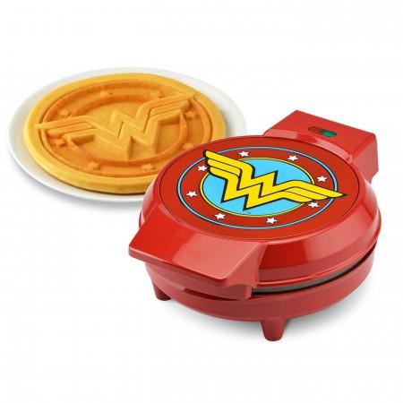 Wonder Woman Round Waffle Maker