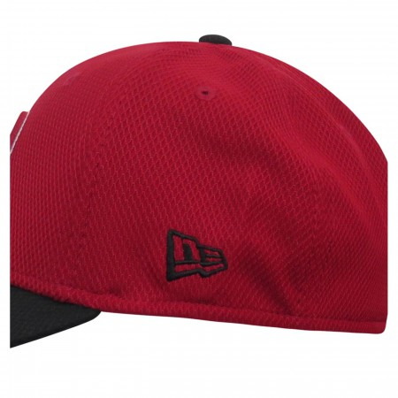 Deadpool Symbol Red & Black 39Thirty Fitted Hat