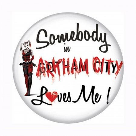 Arkham City Loves Harley Quinn Button