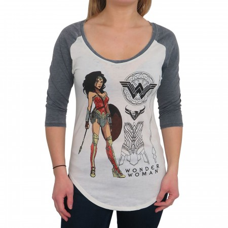 Wonder Woman Armor Pose Women's Scoop Neck Raglan