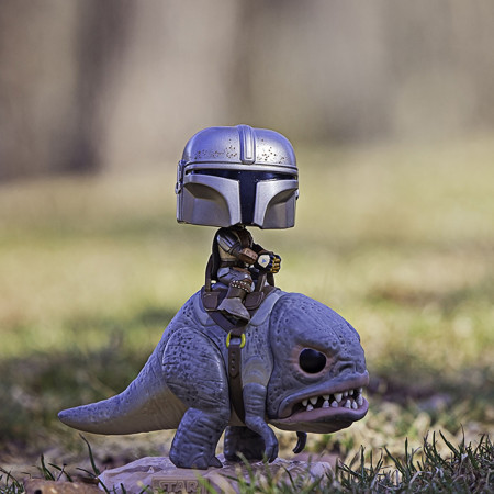 Star Wars The Mandalorian on Blurrg Deluxe Funko Pop!